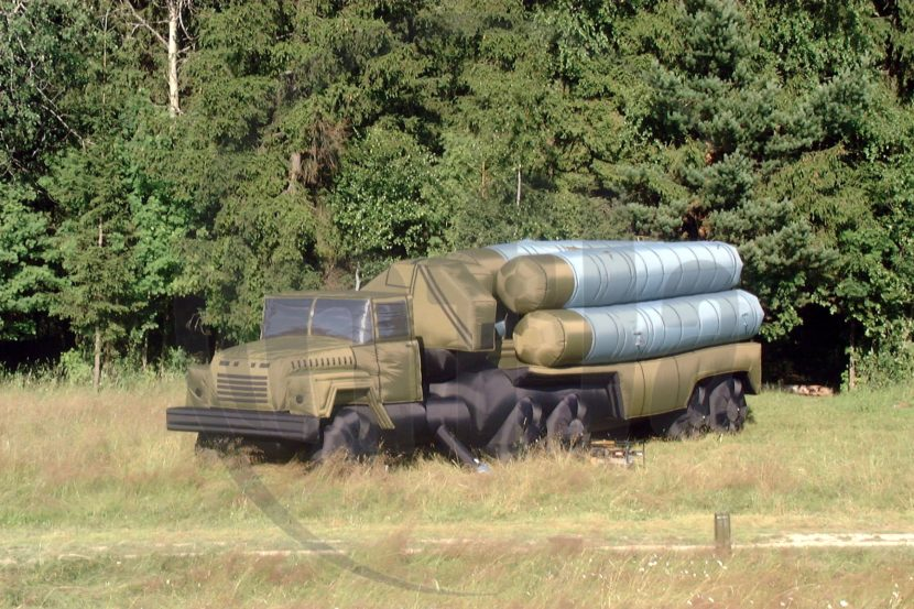 Launcher system inflatable decoy